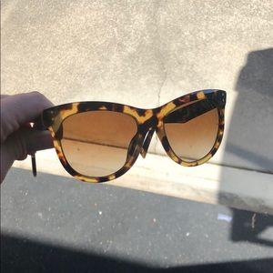 Marc Jacobs Cat Eye Tortoise Polarized sunglasses